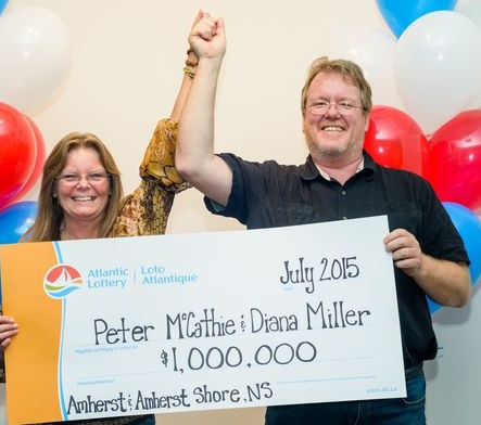 Peter-McCathie-and-Diana-Miller-LOTTO-649-1M-winners