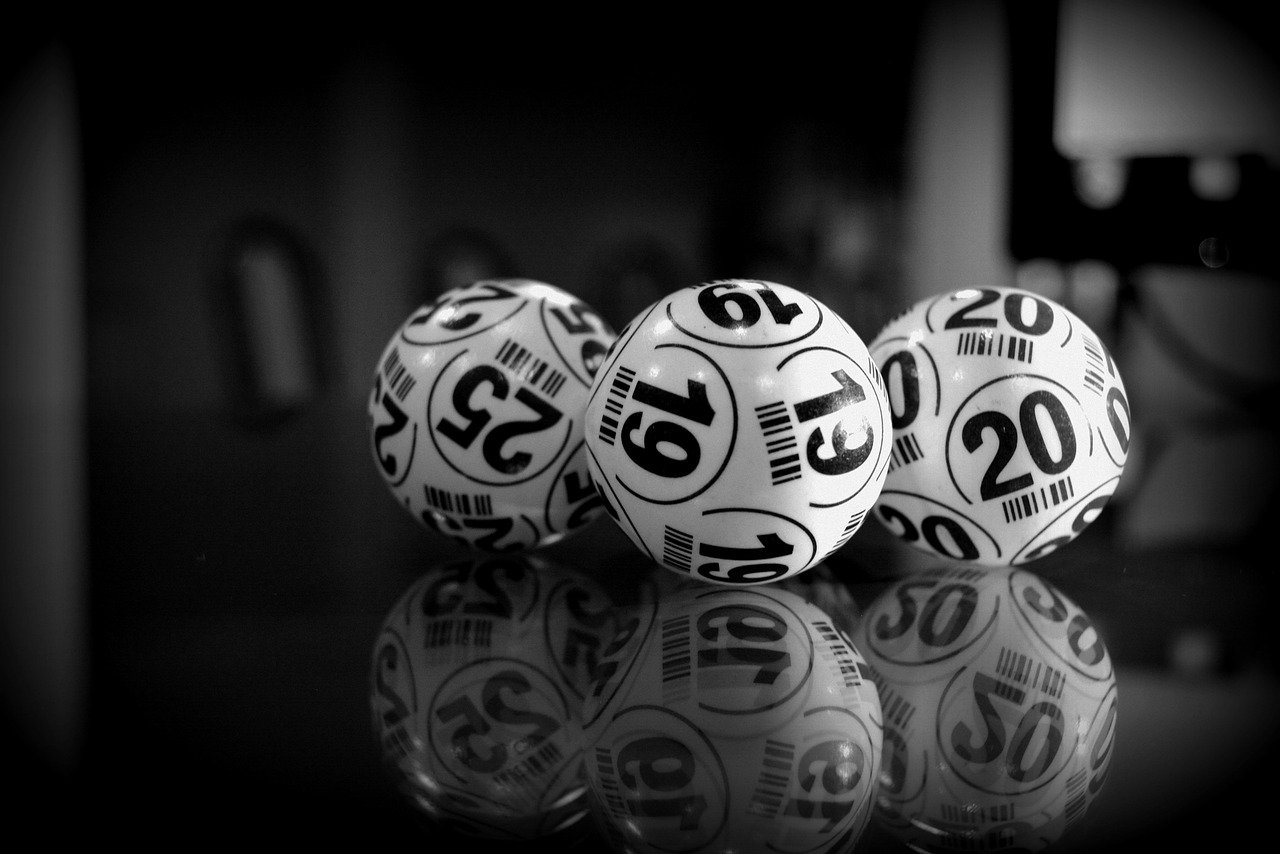 A Fresh Lottery Player Beats the Regular Players to a Prize Win